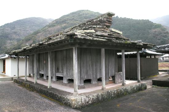 椎根の石屋根 (16)-thumb-550x366-3463
